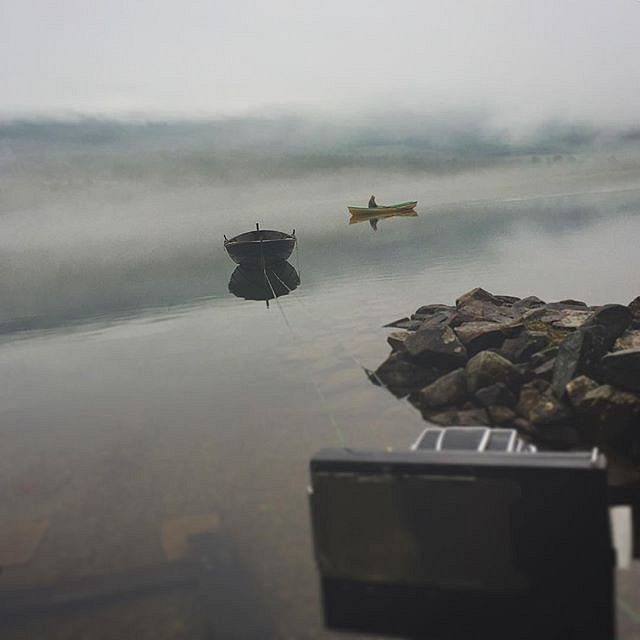 Expectations vs real life - as my Hassy was set up with the polaroid backpack and pinhole mount at 2h shutter. There he was. The real fisherman. #therealfisherman #fisherman #ålihallingdal #morgentåke #otta #hallingdalselva #fujifilm #fp100c
