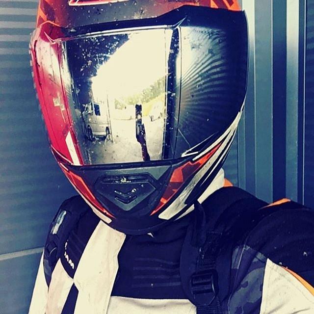 På tide med ein selfie! #brukhjelm